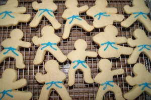 The favors.  Taekwondo blue belt sugar cookies...