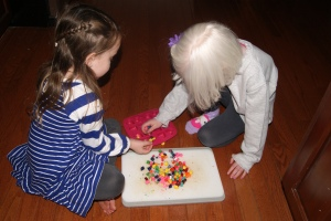 Let your little ones have fun placing the pieces into a mold.
